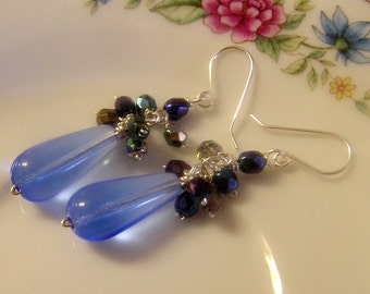 Free shipping Big blue glass drop earrings with iridescent iris Czech glass accents