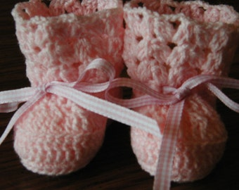 Crochet Pink Baby Booties with Pink Plad Ribbon
