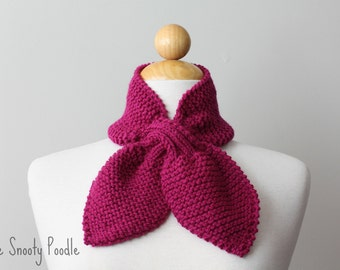Scarf Neck Warmer Scarflette Knitted in Magenta