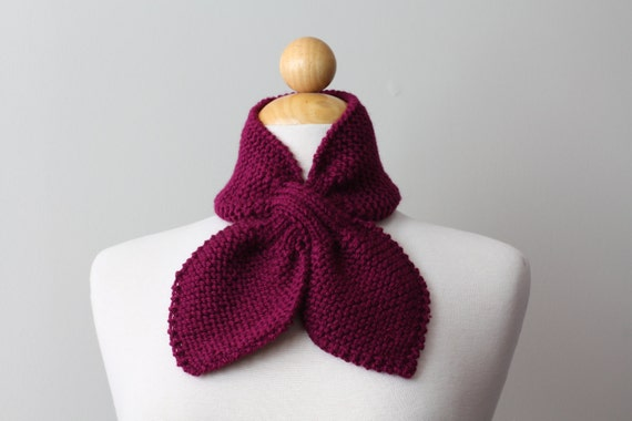Scarflette Neck Warmer Knitted WILD BERRY