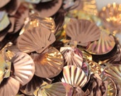 Vintage Copper, Rose-Gold Iridescent Venus Clam Shell sequins - 12 mm (50)