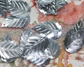 ViNtAgE leaf sequins (50) 18 mm - Tiny Silver Metallics - Ovate Serated, Steampunk, Crafts, Spangles