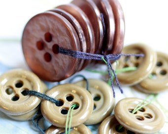 2 Sets of strung vintage buttons - soft pearly earth tones - olive and bronze (15)