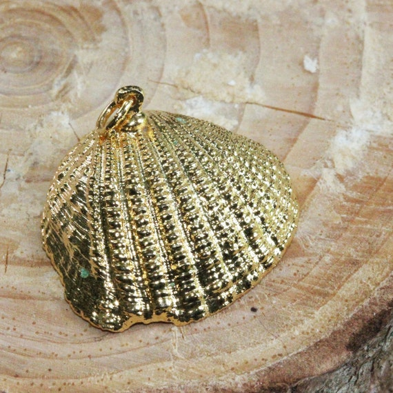 Gold Plated Natural Tiny Clam Shell Charm - Vintage