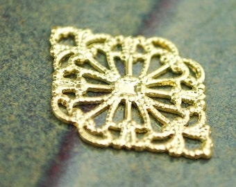 Filigree Connectors - Gold Plated - 20 pcs - Ornate Antique Brass, 21mm x 15mm,  MB016