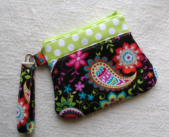 Curvy Zippered Wristlet ... Paisley Spree in Cocoa