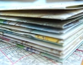 EaRTH FRieNDLY ReCYCLeD ENVeLoPeS . HaNDMaDe with LoVe .
