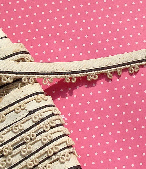 Vintage Lace Trim Antique Trim Ecru Edging Loop Corded