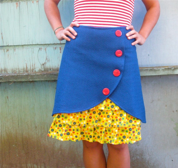 SALE Queen of the Crayon Box ruffle front skirt Sz 0