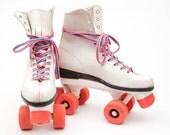 Rad 1980's Pink Roller Skates, vestiesteam