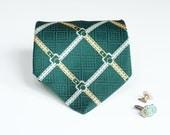Fat Tie - Vintage Green Buckles Pattern
