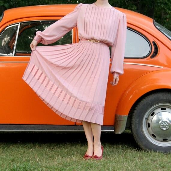Pink Pleated Dress -M- Women's Vintage