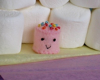 Mini marshmallow tiny micro plush with sprinkles  - pink