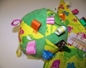 """Taggie Ball toy for Baby pdf Pattern 5"""" Dia. Infant Toy."""