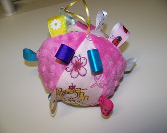 """Tag Ball toy for Baby 5"""" Dia. Infant Toy pdf pattern with instant Download e-file"""