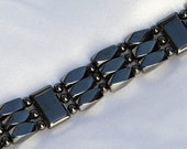 Super Strong Triple Strand Magnetic Bracelet Magnetic. Therapy for Men and Women