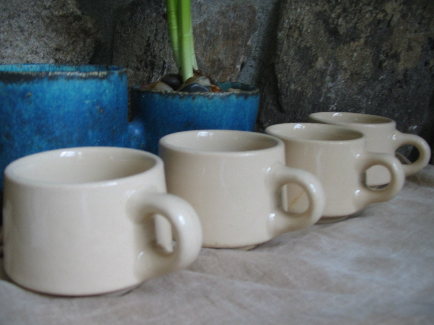 Four vintage petite heavy stoneware creamy coffee cups for Heavy ceramic coffee mugs