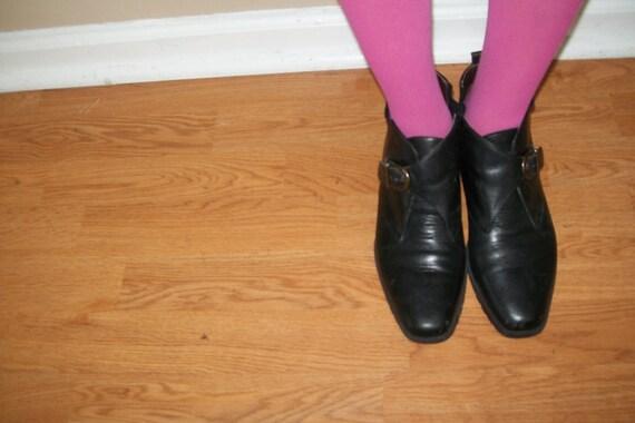vintage  black buckle ankle  boots size 8.5n