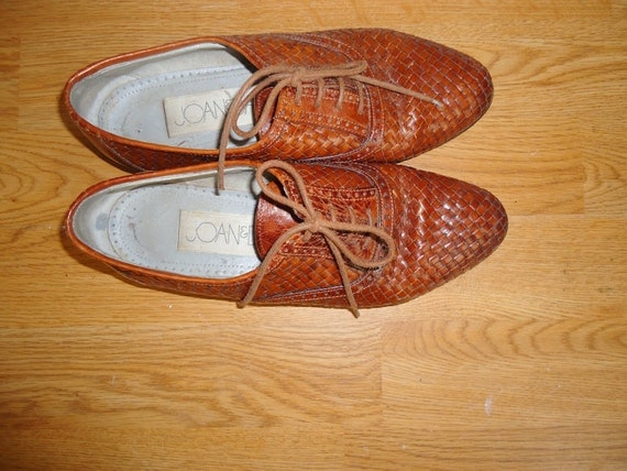 vintage joan and david lace up leather oxfords size 7.5m