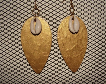 Gold with Cowrie Shell