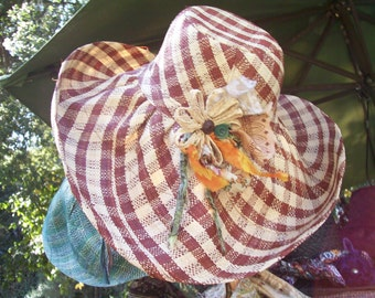 brown & natural gingham sun hat