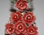 VINTAGE RARE Costume Dimensional Carved LUCITE Rose Necklace