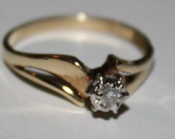 Diamond Ring Estate 10K Solitare Engagement  Ring
