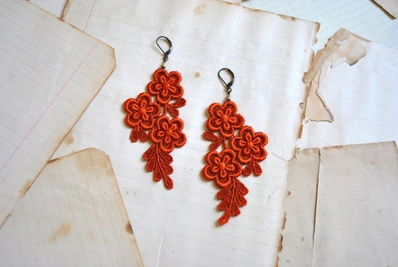 lace earrings : PADME, pumpkin spice