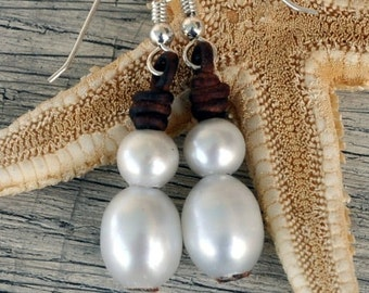 Pearl and Leather Earrings Horizon