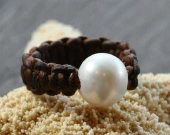 Freshwater Pearl on Leather Ring