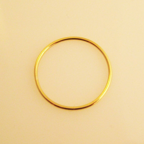Sol,  a 22K Gold Band