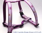 Medium Custom Dog Harness - Choose Your Design / 15-24 in Girth