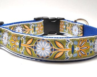 Blue Yellow Marigold Flower Dog Collar / Marigold in Blue / Daisy Dog Collar