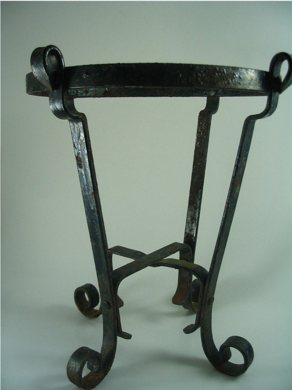 Rustic Wrought Iron Plant Stand Flower Pot Holder