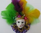 Mardi Gras Mask Purple Swirl Pin