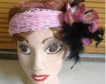 Head band cap Flapper roaring 20's costume accessory feather flower pink black