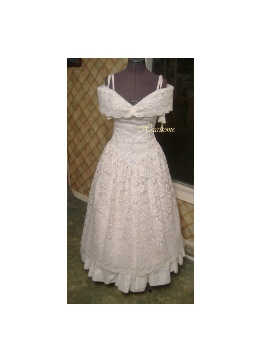 Victorian Southern Belle Gown Dress Wedding Lace Costume White