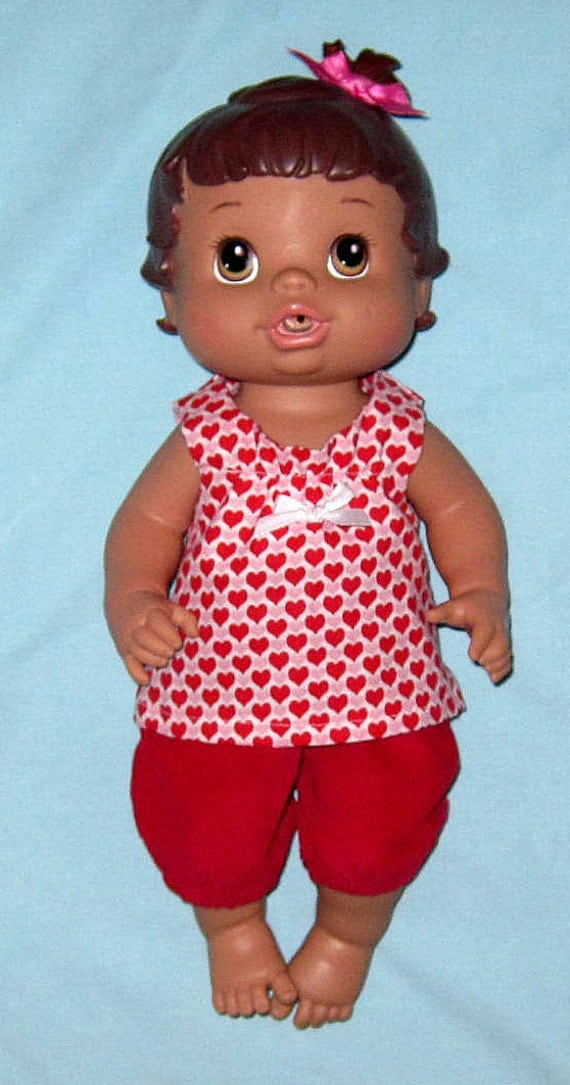 Small Baby Alive Red Hearts Top and Red Capri Set Fits 12 13  Inch Baby  Doll   Doll Clothes Handmade