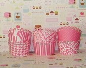 Pink & White Cupcake Wrappers