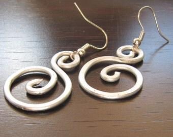 Earrings Swirl Loop Bright Silver Metal Wire Hammered