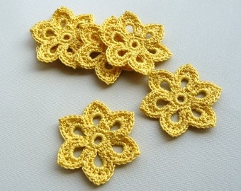5 Crochet Flower Appliques -- 2 inch Diameter, in Mustard Yellow
