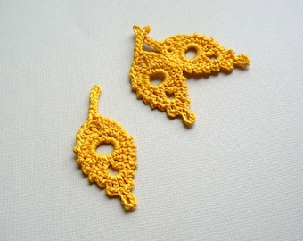 3 Crochet Leaf Appliques -- Gold Willow Leaves
