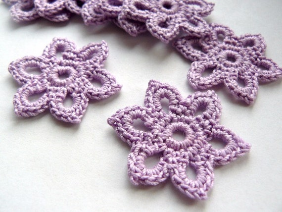 10 Crochet Applique Flowers -- 1-3/8 inch Diameter, in Lilac Purple