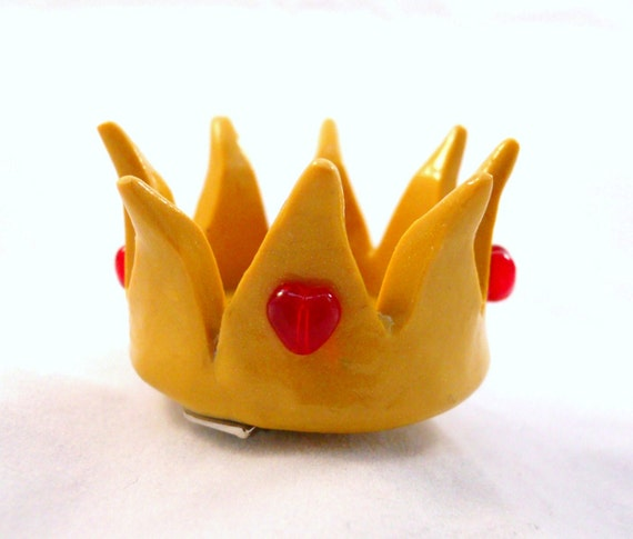 Red Queen's Crown - Alice In Wonderland - Polymer Clay Hair Clip