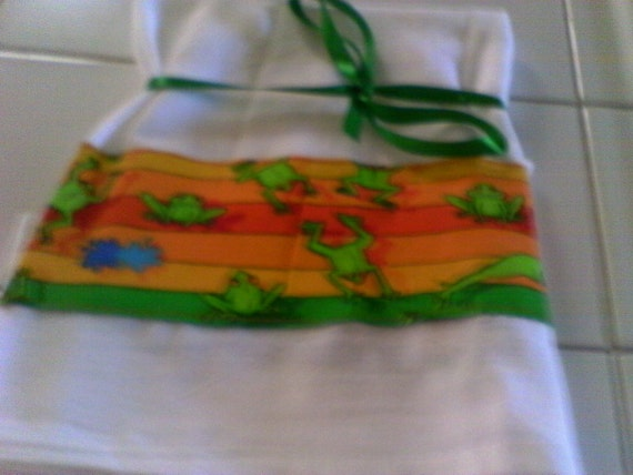 Flour Sack Dish Towel With Jumping Frogs