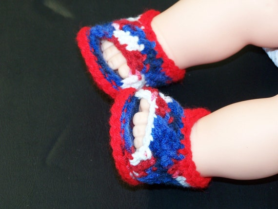 Infant open toed shoes