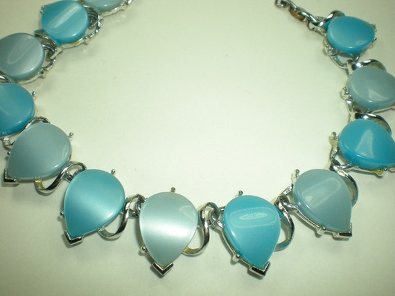 Vintage 1950s Necklace Blue Thermoset Plastic