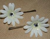 White Daisy Hair Pins with Swarovsky Crystal