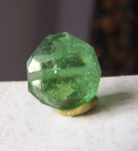 Green Tourmaline Crystal bead - Crystal faceted gemstone  - Tourmaline drilled nugget - Bright  green - coyoterainbow genuine natural round