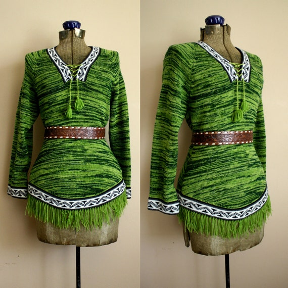 Vintage 70s PERUVIAN  Ethnic Sweater Boho With Fringe
